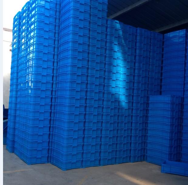 680箱子堆放圖片