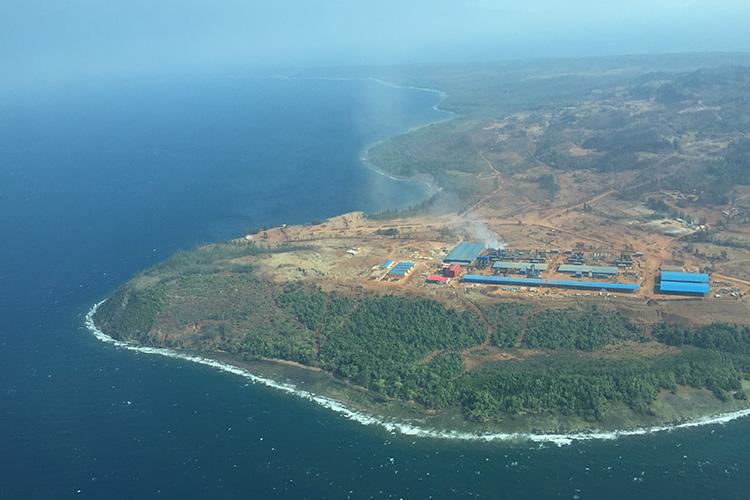 2014年8月16日,印尼鎳鐵冶煉廠開工建設