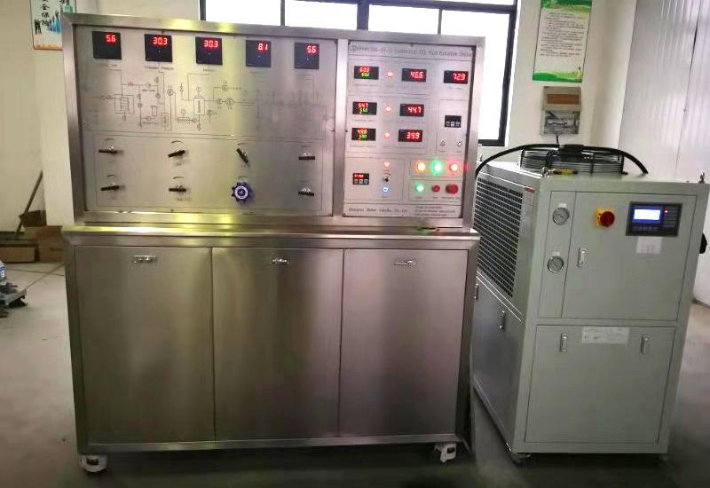 10L(一萃二分)超臨界CO2萃取設備