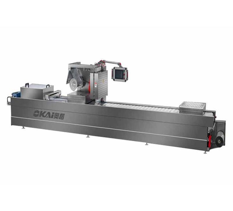 香腸自動供料線AKLF500+真空拉伸膜包裝機