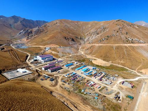 吉爾吉斯斯坦庫魯-捷蓋列克礦