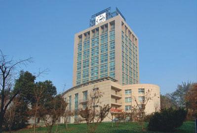 西安建筑科技大学综合实验楼