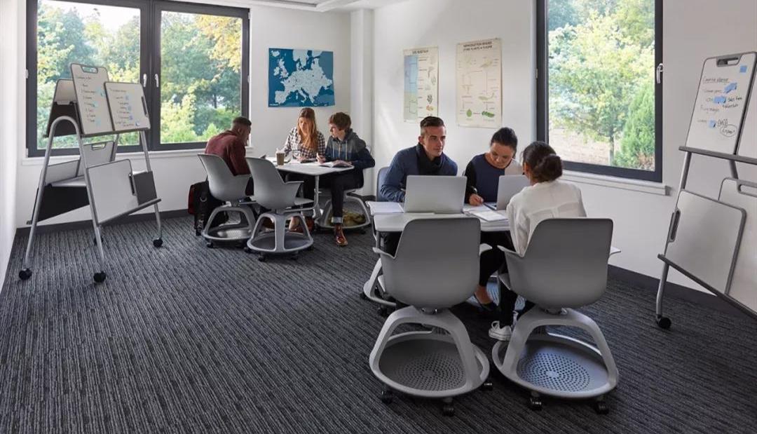 聚知宝分享 | 以学为中心的空间布局:教育家具带来学习空间创新