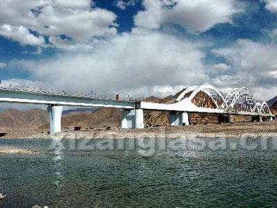 拉薩河特大橋-鑄鋼鉸軸支座