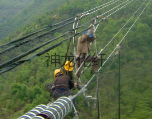 带电跨越用迪尼玛绳?作承载缆