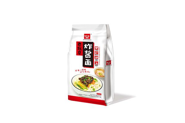 伊田面馆老北京炸酱面
