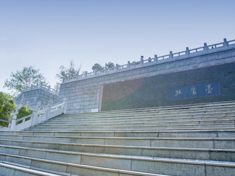 水果湖放鷹臺濱湖游園景觀改造