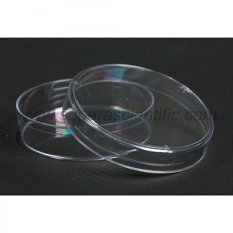 Plastic Petri Dishes