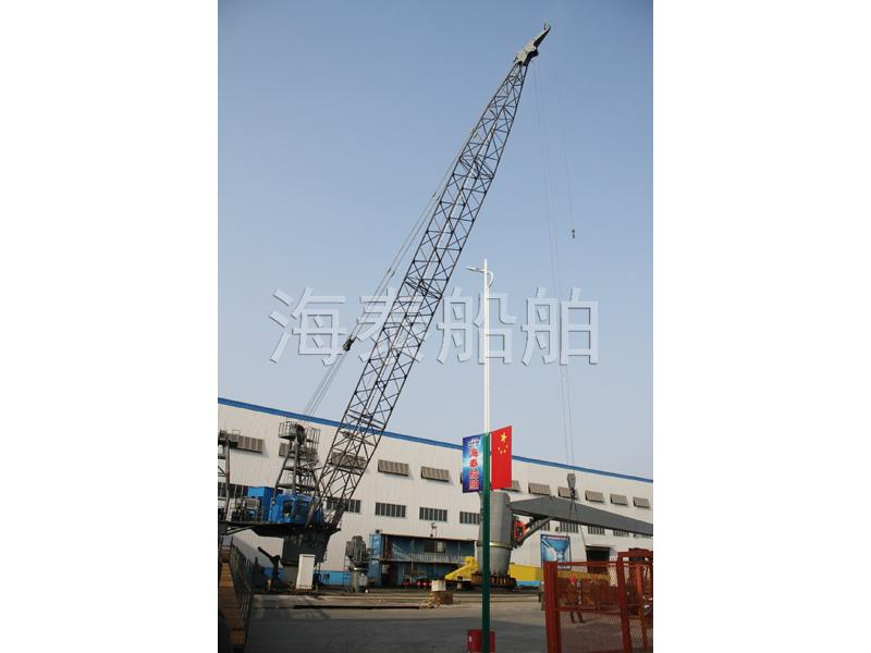 Electric hydraulic offshore cranes (meet API 2C specification)