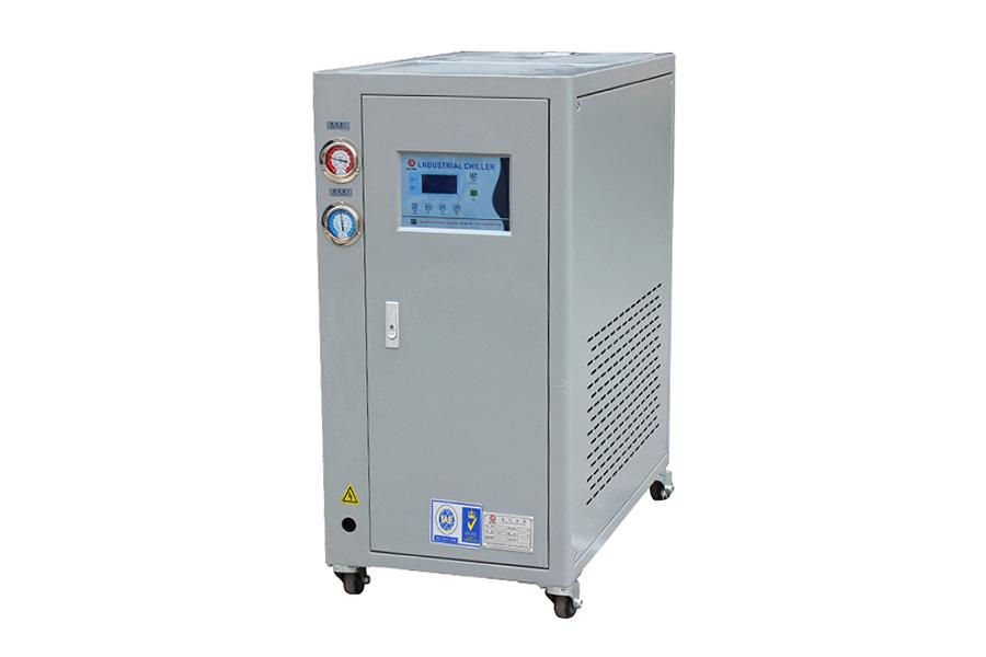 低溫(水冷式)冷水機