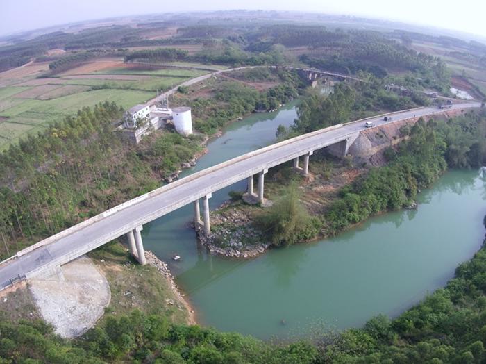 象州縣2012年第二批農村公路建設項目(青凌橋工程)