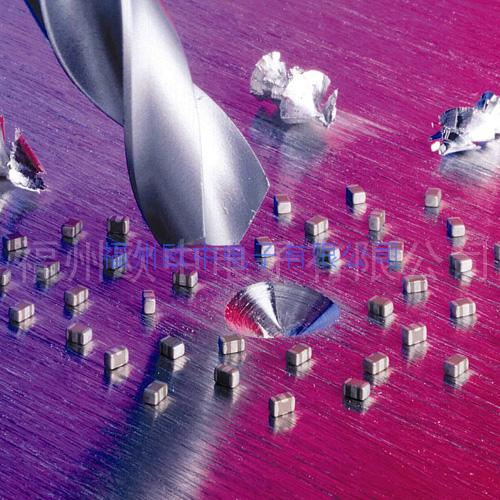 貼片三端EMI濾波器-E07系列