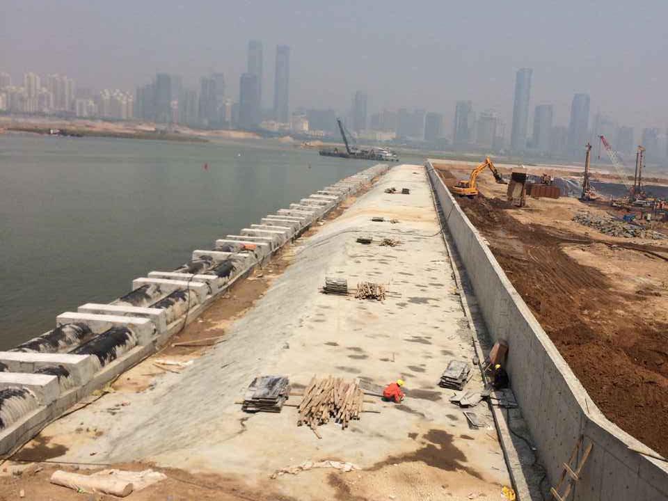 南昌市紅谷灘隧道工程東岸分部樁基工程