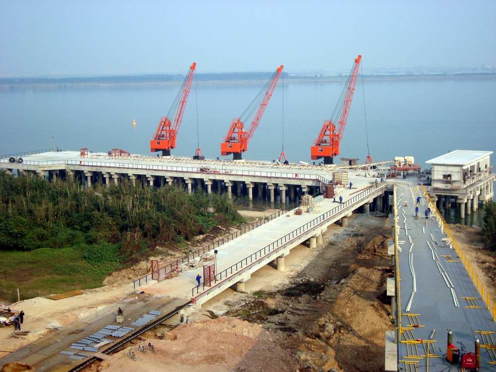 信义环保特种玻璃有限公司码头及引桥工程