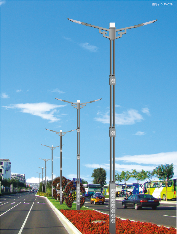 太陽能路燈能在雨季開燈的原理是什么?有什么優點?