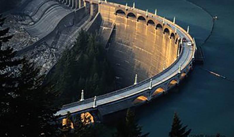 加拿大水電站項目