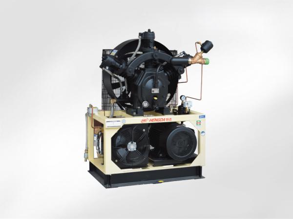 W型有油增壓機