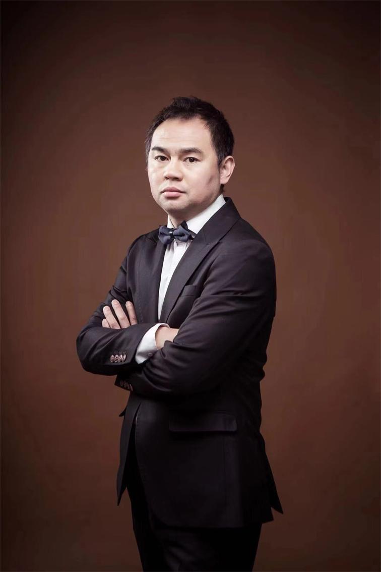 设计总监贾绍宇