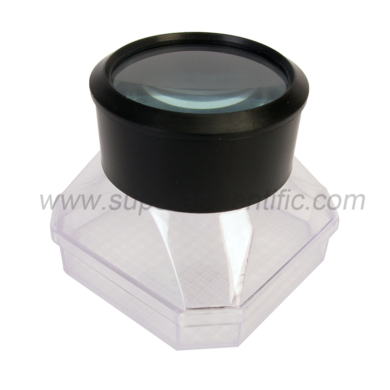 1017 Magnifying Bug Viewer