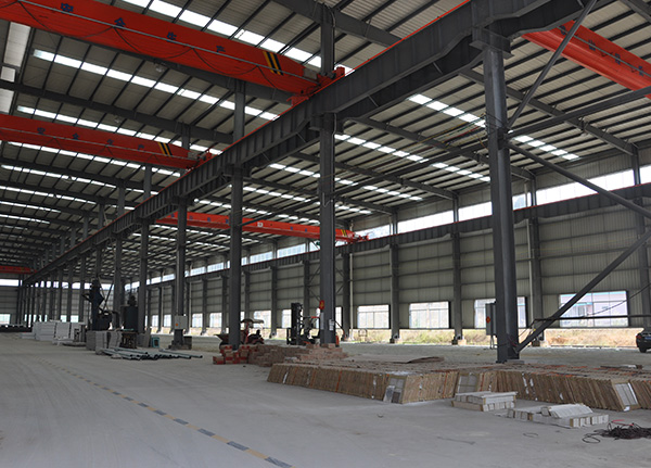 Steel Structure Workshop With Crane
