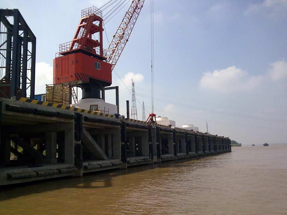 信义环保特种玻璃(芜湖)有限公司5000吨级码头及引桥工程
