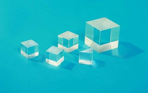 宽带非偏振立方分光镜