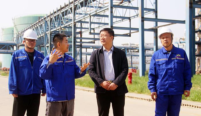 集团公司董事局主席谭相海到盛荣化工调研