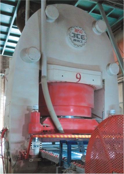 JCY3850C 全自動液壓壓磚機