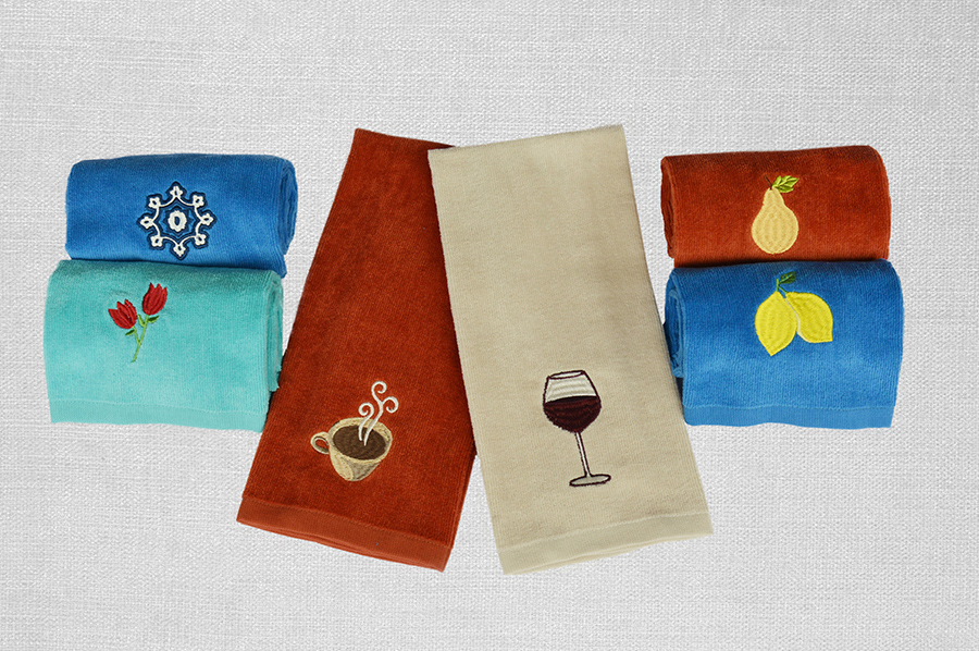 素色割絨巾+繡花