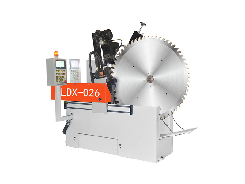 LDX-026外徑800~2200大型合金圓鋸片全自動數控前后角磨齒機