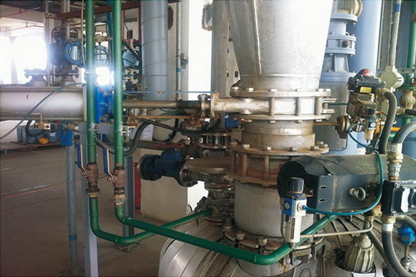 樹脂投粉裝置控制系統