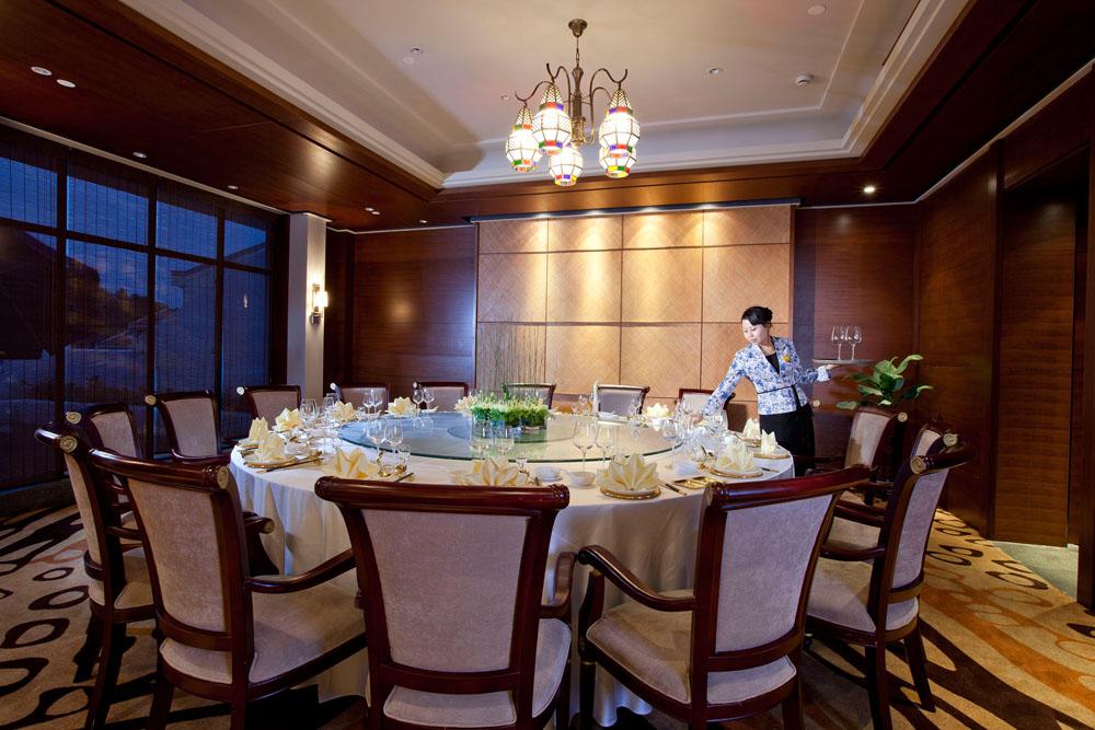 蟠龙罂(粤菜馆)