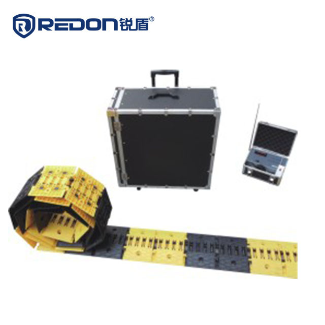 Deceleration block remote control roadblock [ MODEL: LZ-D-RD03]