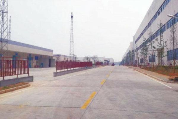 格力電器武漢工業園園區市政道路實景圖