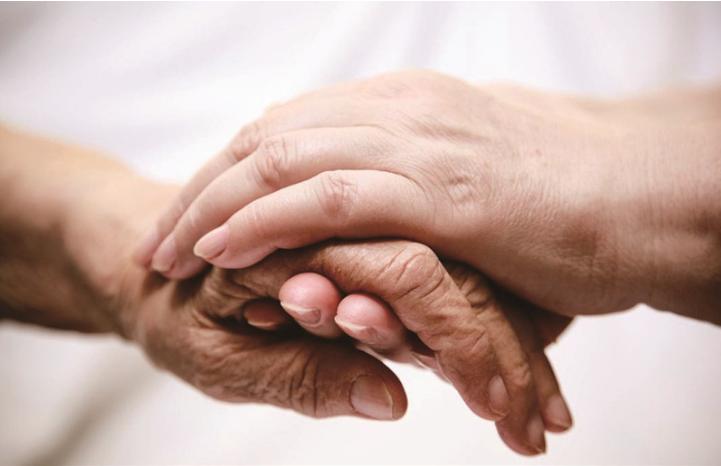 智能門鎖能給家中老人更方便的救援