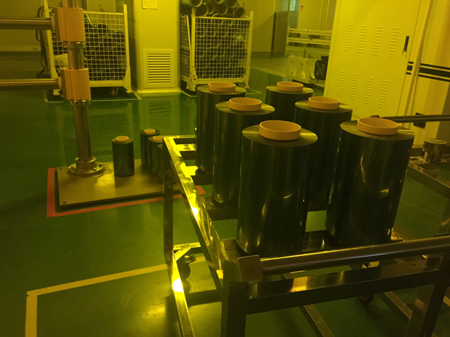 電子子及光學材料行業