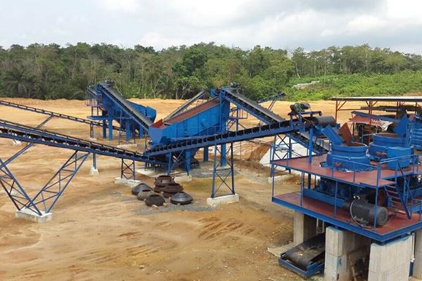 尼日利亚时产300吨花岗岩破碎筛分生产线