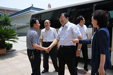 2015年7月2日,河南省副省长张广智到磴槽集团调研
