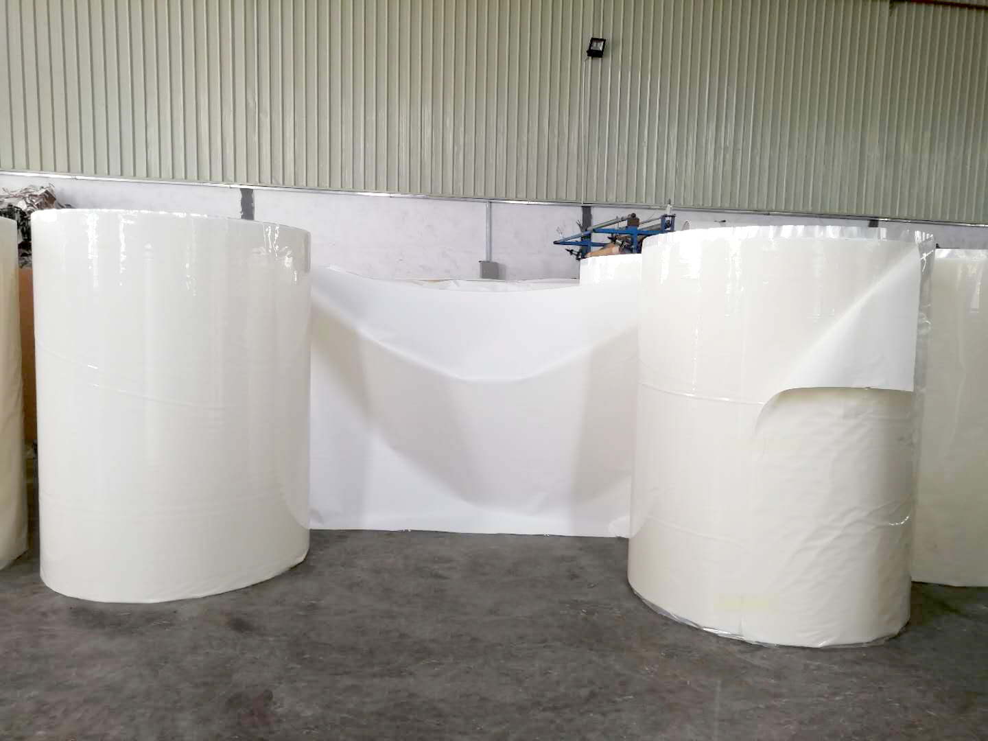 PVC self-absorbing foam
