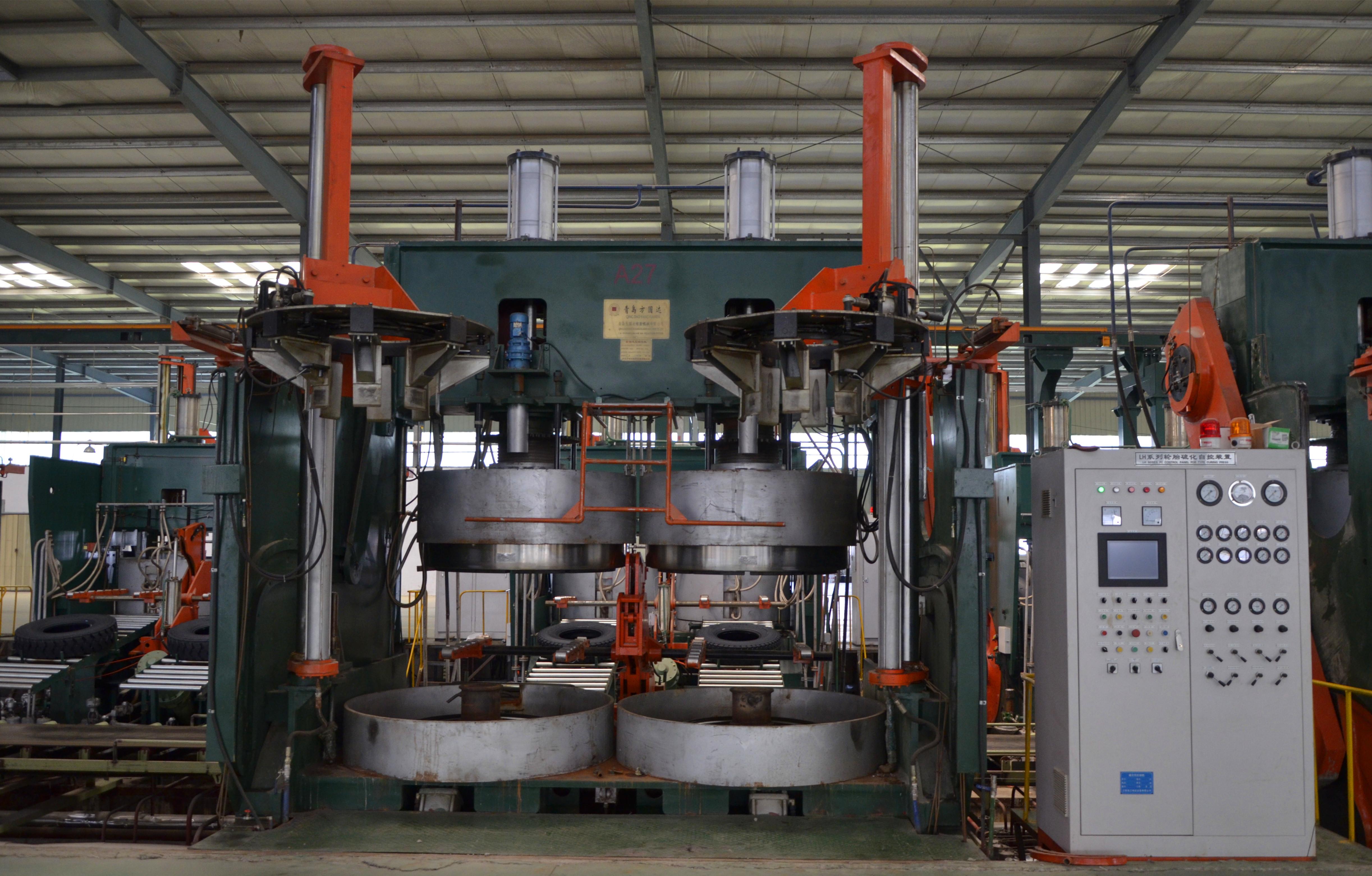 載重、輕卡平移式硫化機1