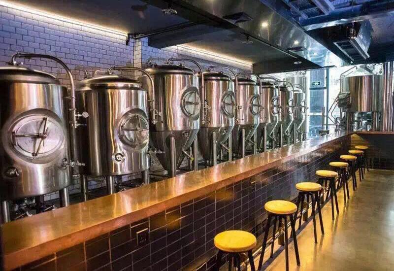 2015年 5月深圳TAPS 500L精釀啤酒酒吧交鑰匙工程完成安裝