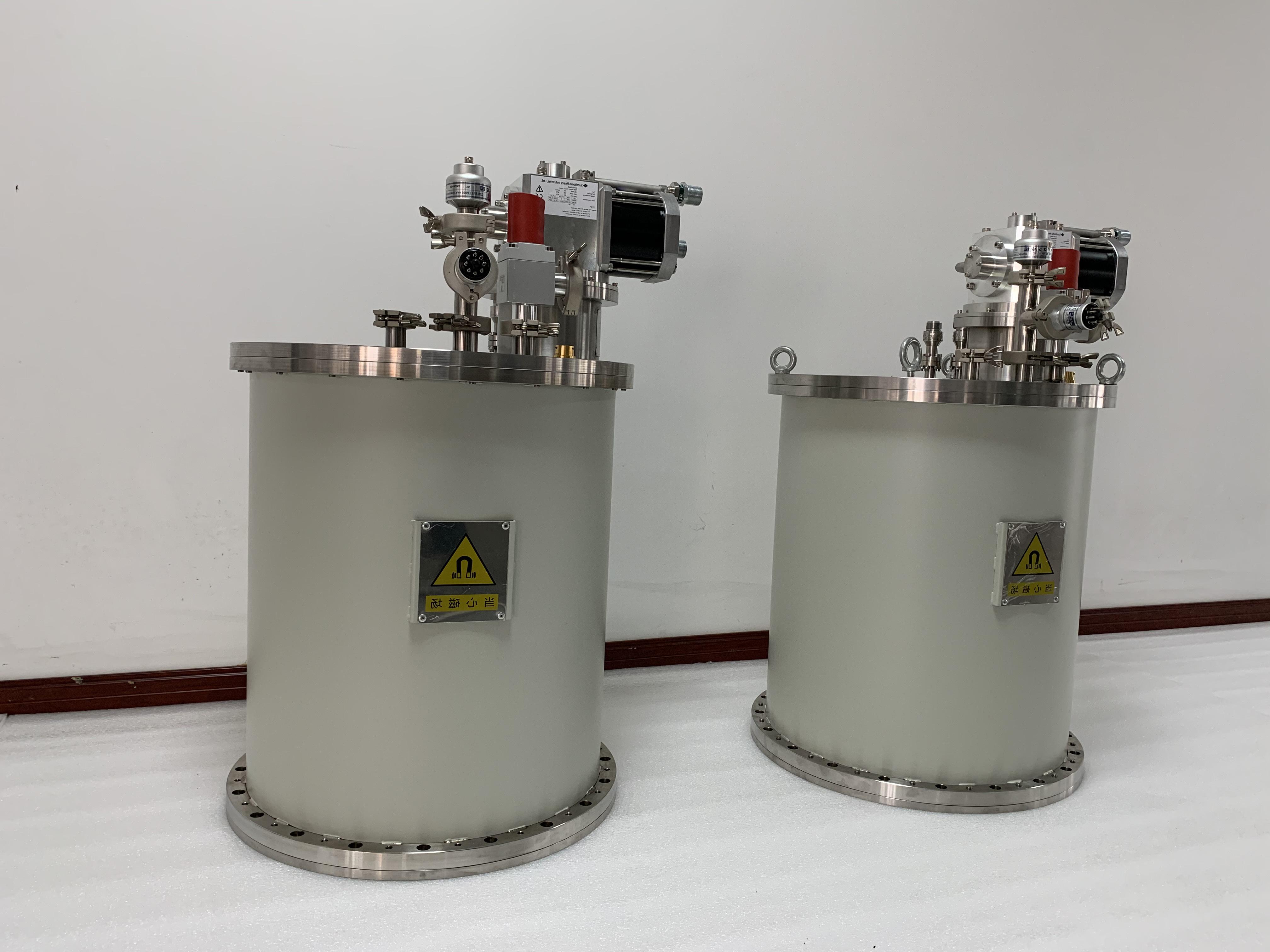 無液氦超導磁體