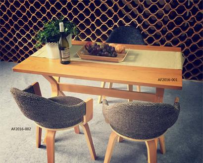 什么是曲木家具?