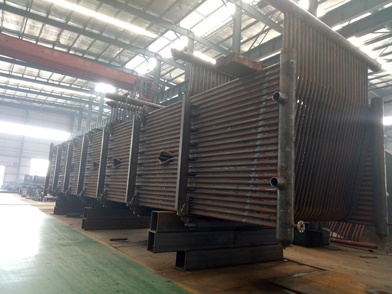 Large-scale waste heat boiler membrane wall assembly