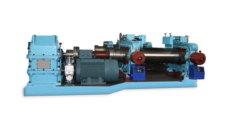 液壓調距開煉機XKY-660    (2005.01)